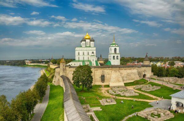 Псков-Псково-Печорский монастырь